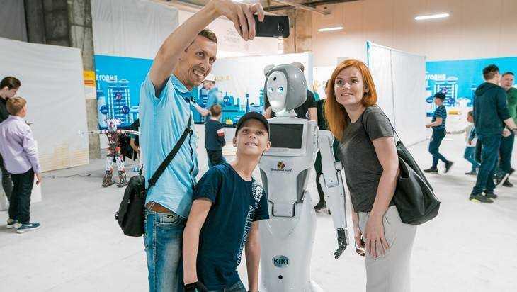 Планы на выходные в Брянске: посещение выставки-шоу «Робополис»