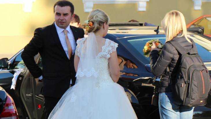 В Брянской области с начала года заключили более тысячи браков
