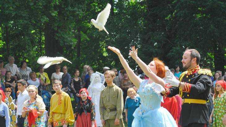 Праздник «Под сенью Брасовских аллей» стал национальным событием