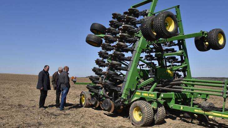 В Брянской области начались весенние полевые работы