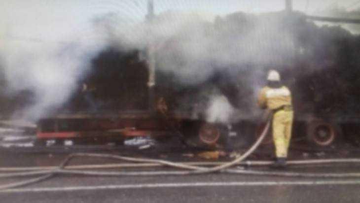 На дороге Сураж – Унеча сгорел грузовик