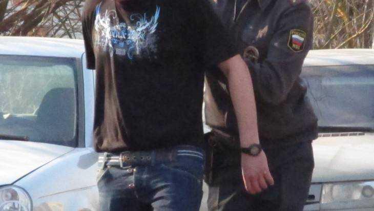 В Брянске участковый задержал судимого похитителя двух телевизоров