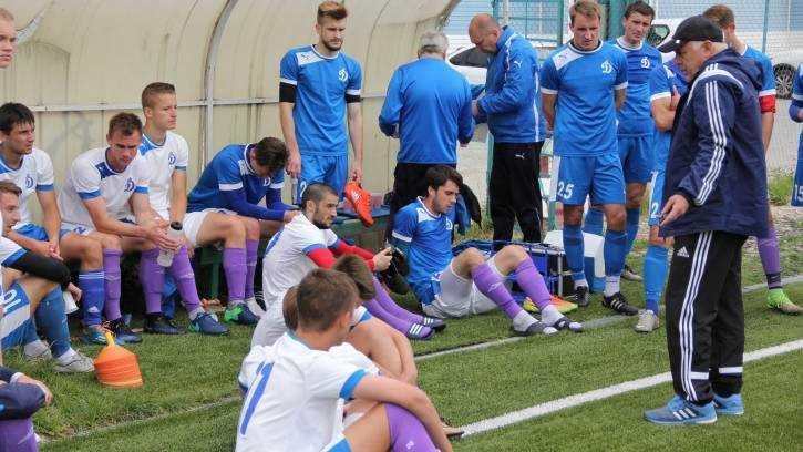 Брянское «Динамо» уступило в Новомосковске с минимальным счетом