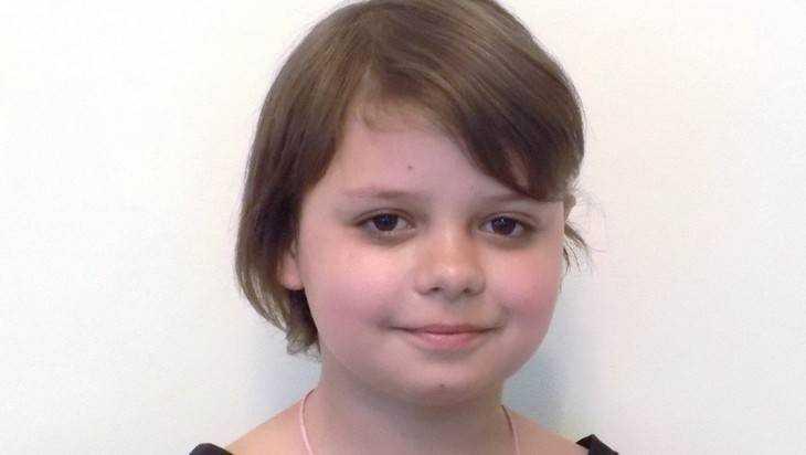 Власти Брянска попросили удочерить 11-летнюю Карину