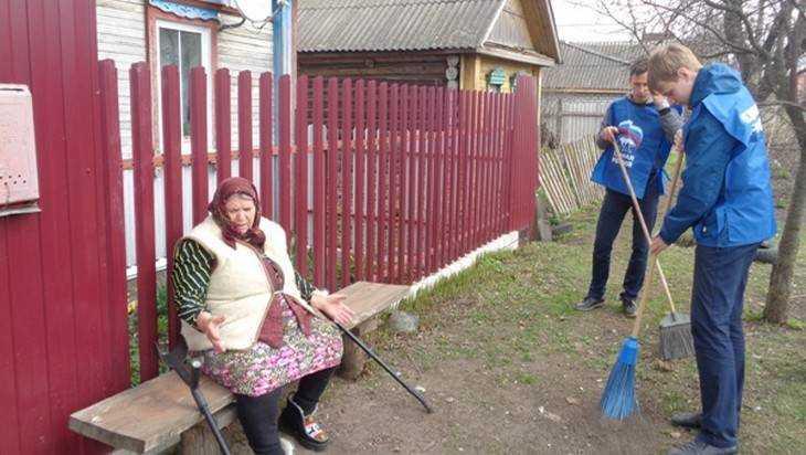 На Брянщине стартовала партийная акция «Иду к ветерану»
