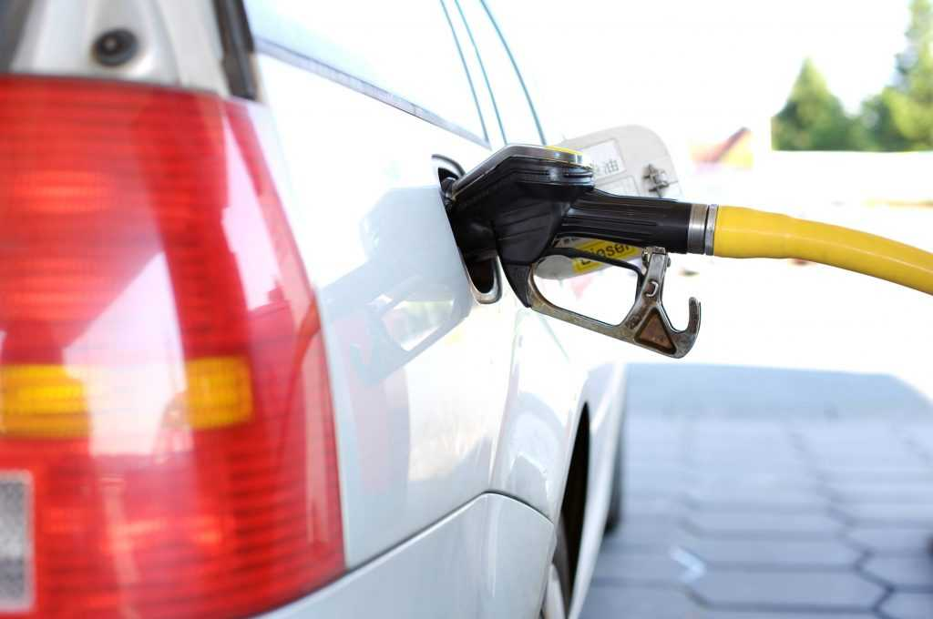 Брянск вошел в тройку городов с самой быстрорастущей ценой бензина