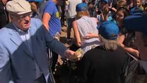 Брянцы призвали жириновцев не раздавать бесплатно дешевое мороженое