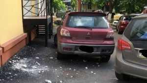 В Брянске около дома на улице Куйбышева случилась бомбардировка