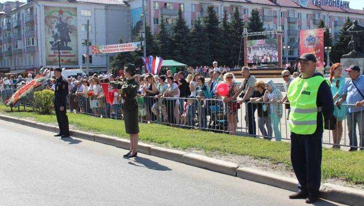 Брянская полиция обеспечила безопасность во время Дня Победы