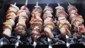 На время чемпионата мира по футболу запретят жарить шашлыки