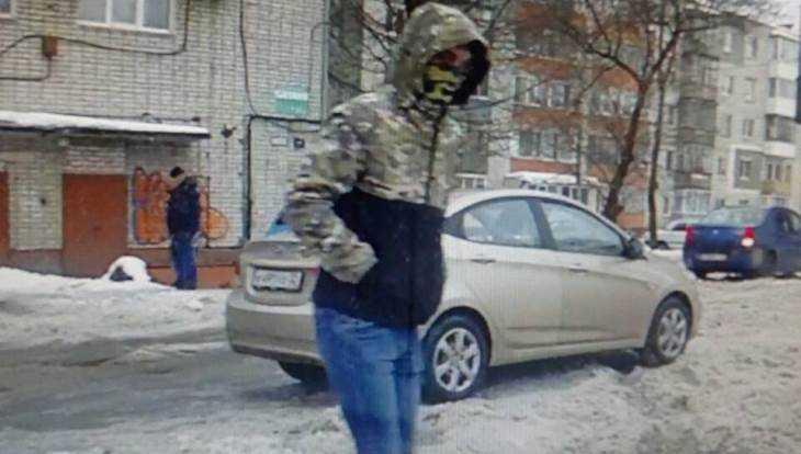 В Брянске отдали под суд студента, отобравшего миллион у инкассатора