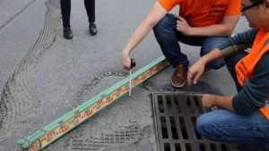 Брянский водитель снял видео о «ямочно-притопточном» ремонте дорог