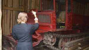 Брянских огнеборцев и лесопожарную технику окропили святой водой