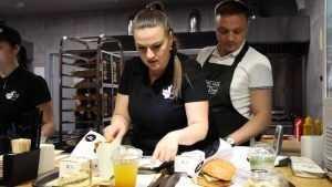В «Аэропарке» 19 мая откроется удивительный ресторан известной сети Burger Сlub