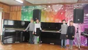 В Брянской области детские школы искусств получили 19 новых фортепиано