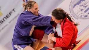 Брянская самбистка Анна Жижина завоевала бронзу на чемпионате Европы