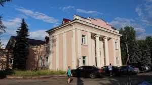 В Брянске развернулся капитальный ремонт здания театра кукол