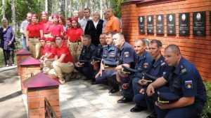 На военном аэродроме в Сеще отрыли памятник погибшим летчикам