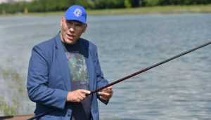 Валуев пригласил брянских рыбаков на поединок возле Десны