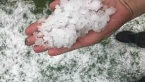 На Брянск обрушился сильнейший ливень с градом