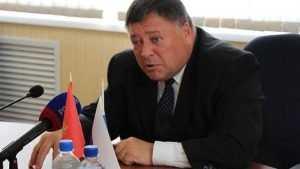 Брянский сенатор Сергей Калашников провалился в яму медиа