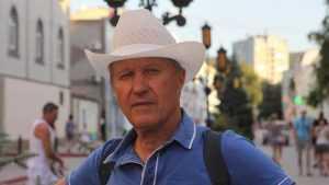 Брянский журналист Виталий Жарынский представит книгу «Над белой горой»