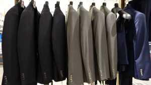 Мужская одежда больших размеров в специализированном магазине одежды