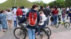 В Брянске более 200 детей за несколько лет приняли в приемные семьи