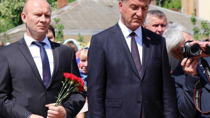 Заместитель брянского губернатора Коробко стал суперотличником