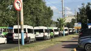 В Брянске большие автобусы проиграли маршруткам со счетом 1:20