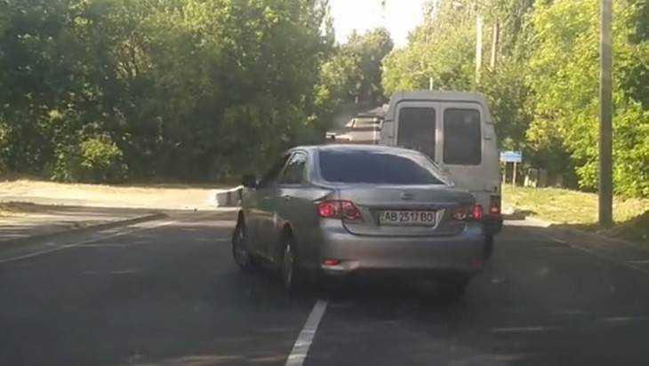 В Брянске сняли видео об украинском водителе-беспредельщике