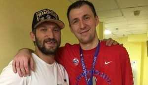Брянец Фридзон поздравил хоккеиста Овечкина с победой в Кубке Стэнли