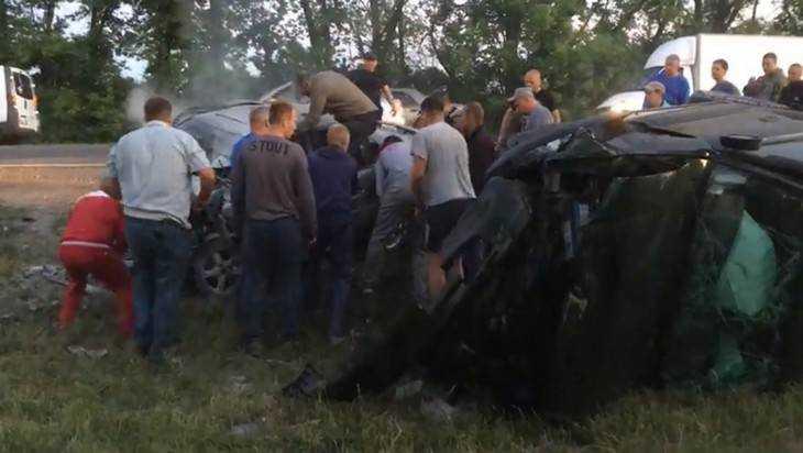 Видео страшной аварии под Брянском появилась в сети