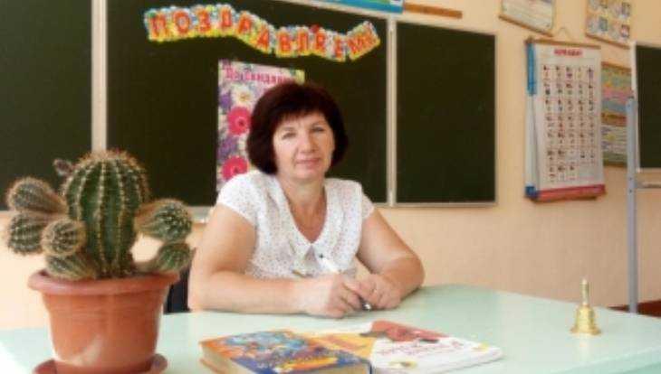 В Климовском районе завуч школы Анна Дюбо спасла тонувшего ребёнка
