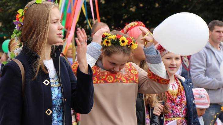 В Брянске накануне Дня молодежи пройдет веселый арт-фестиваль