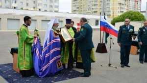 Митрополит Брянский и Севский Александр освятил здание таможни