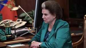 Брянский губернатор поздравил Валентину Терешкову с 55-летием ее полета