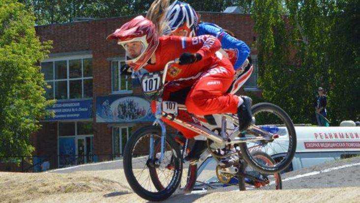 Брянская велогонщица Капитанова стала второй на этапе Кубка России