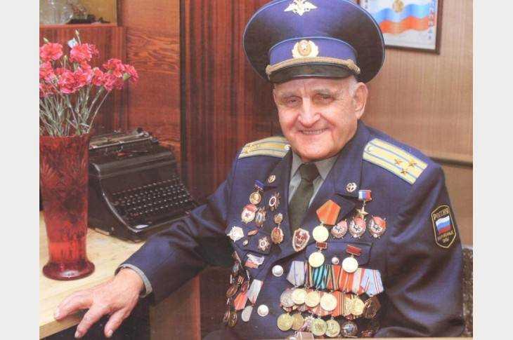 В Туле скончался легендарный брянский лётчик Иван Леонов