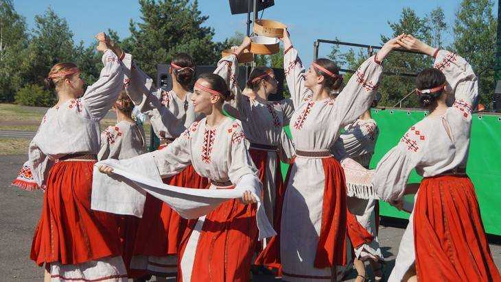 Брянская «Ватага» украсила своими песнями «Славянское единство»