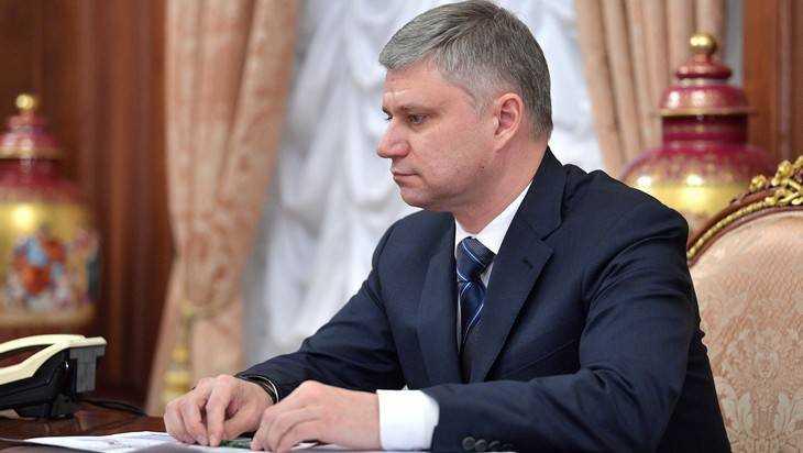 В Брянск приедет глава РЖД Олег Белозеров