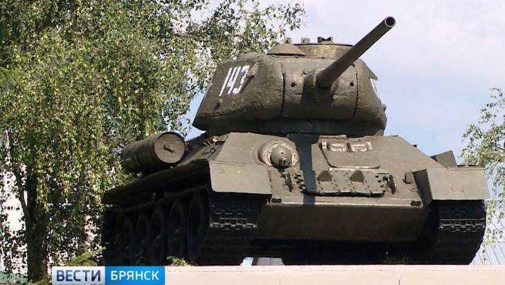 В Трубчевске прокуроры нашли два бесхозных памятника