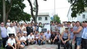 В брянском Погаре в День ВМФ открыли памятный знак морякам