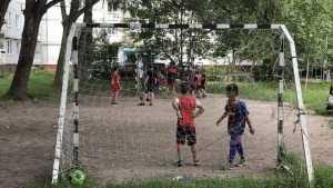 Бездушных брянских чиновников попросили не душить детей и врослых