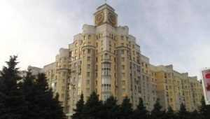 В доме с часами на площади Партизан в Брянске потушили пожар