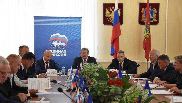 Владимир Попков провел заседание политсовета «Единой России»