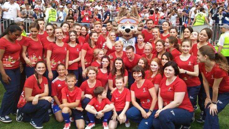 Брянская учительница рассказала о работе волонтёром на ЧМ по футболу