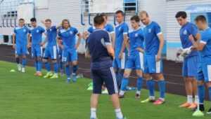 Брянское «Динамо» открыло новый футбольный сезон в Саратове