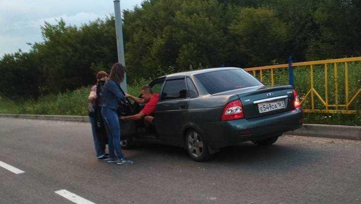 На неоткрытой дороге на улице Романа Брянского едва не сбили мальчика
