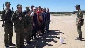Брянские школьники приступили к изучению военного дела